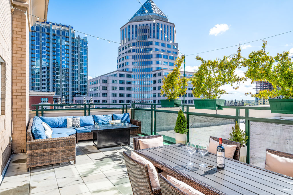uptown charlotte real estate photo